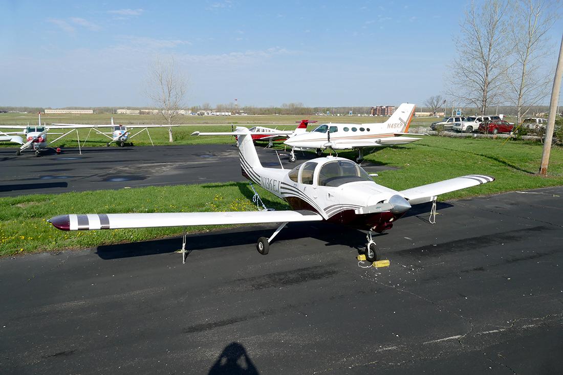 piper Tomahawk PA-38.jpg
