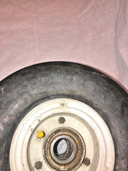 Wheel E1.jpg